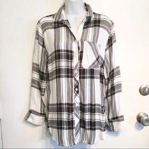 Beach Lunch Lounge Plaid Shirt Tail Back Button Up